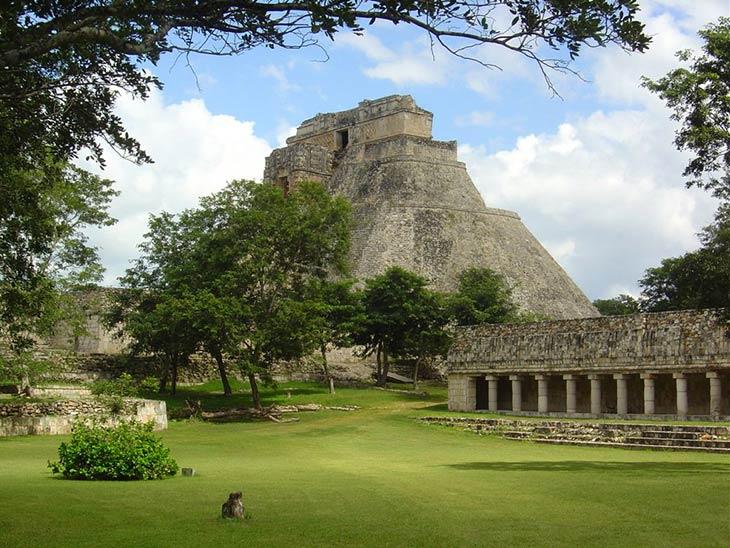 grad-maja-uxmal-meksiko-45.jpg